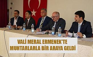 VALİ MERAL ERMENEK'TE MUHTARLARLA BİR ARAYA GELDİ