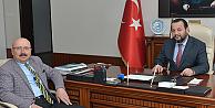 Sarıveliler Belediye Başkanı Samur, Rektör Akgül'ü Ziyaret Etti