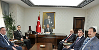 Sağlık Çalışanları Karaman Valisi Tapsız'ı Ziyaret Etti