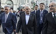 Başbakan Yıldırım, Londra'da Piccadilly Caddesi'nde yürüyüş yaptı