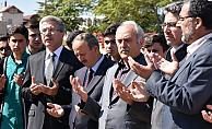 Karaman'da  İkinci yardım tırı dualarla gönderildi