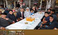 İkinci İftar sofrası Paşa Camii önünde gerçekleştirildi