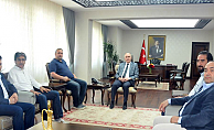 İnternet Medya Temsilcileri Karaman Valisi Meral'i Ziyaret Etti