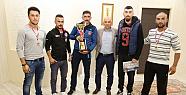 Karaman' da sporculardan Başkan Çalışkan'...
