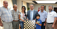 Satranç Heyeti Karaman Valisi Tapsız' ı Ziyaret Etti