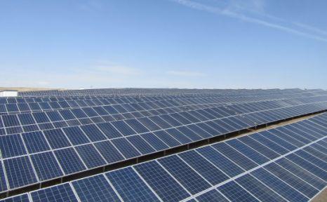 Türkiye'de İlk Lisanslı Güneş Enerjisi Santrali Enerji Üretimine Başladı