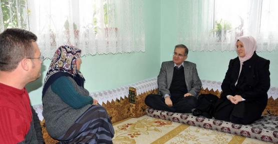 Vali Tapsız Eser ve Tokalı Ailelerine ziyarette bulundu