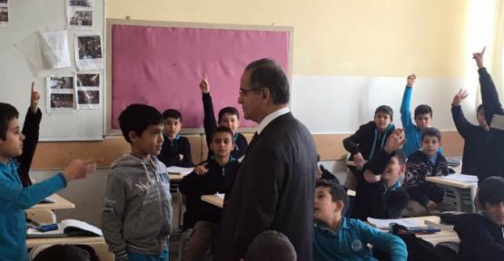 Vali Tapsız, Kış Şartlarında Okulların Durumunu Yerinde Gördü